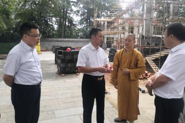 蒋炳炎专项督办宗教场所提质改造项目建设