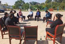 区领导带领专家赴新龙村 与村民共商发展壮大村集体经济良计