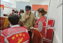 """苏州湾社区联合江东中医院开展""""义诊进社区""""活动"""