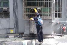 东风街道开展环境卫生集中整治行动