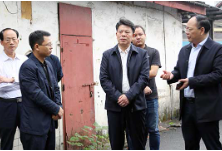 确保铁路运行安全  杨龙金赴我区调研铁路护路工作