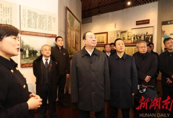 黄坤明在湘调研:用好红色资源紧扣伟大实践 推动党史学习教育扎实深入开展