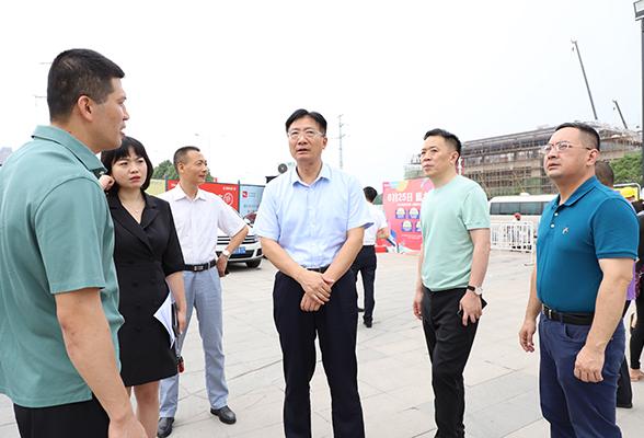 刘桢干调研重点项目建设工作