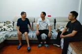 县委宣传部、县文明办:情暖中秋走访慰问道德模范、身边好人