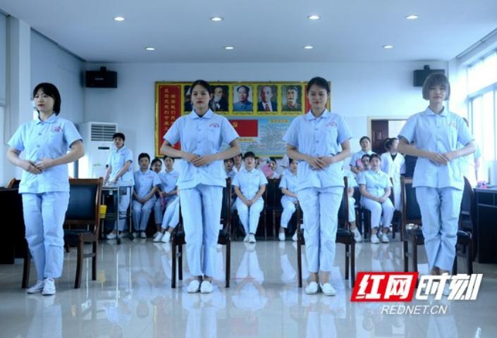 """郴州市疾控中心开展""""5•12""""国际护士节庆祝活动"""
