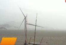 中车株洲所3兆瓦160米直径风电机组吊装成功