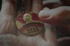 """""""感人瞬间""""系列微视频《张富清》"""