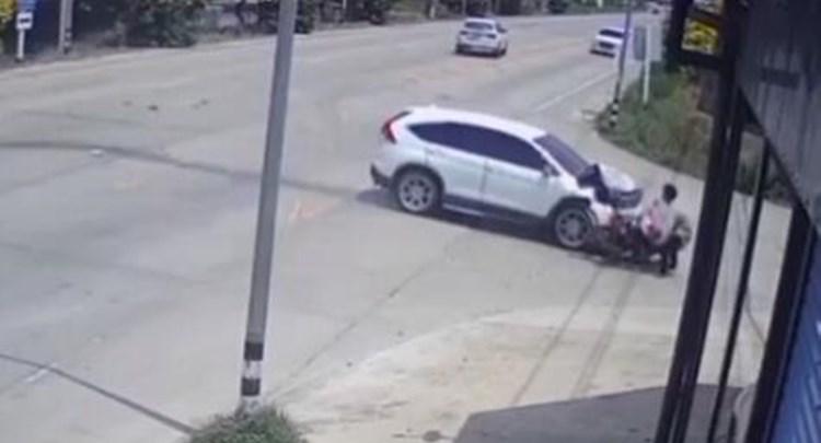 祸不单行 泰国女子连遭3次车祸后死亡