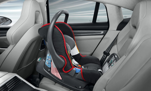 儿童安全座椅1.jpg