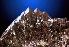 中国五矿上半年营收增长10%