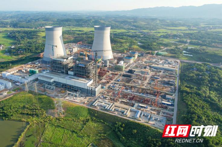 湖南首台百万千瓦发电机组成功并网