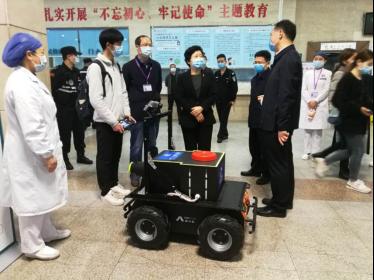 重大疫情应急防控与救护智能机器人