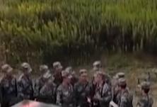 """人家的""""大三"""" 学开大型无人战车"""