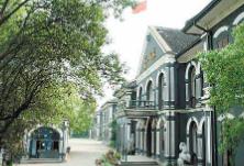 教育部公布2020年通过高校师范类专业认证的专业名单,包括湖南两所大学5个专业