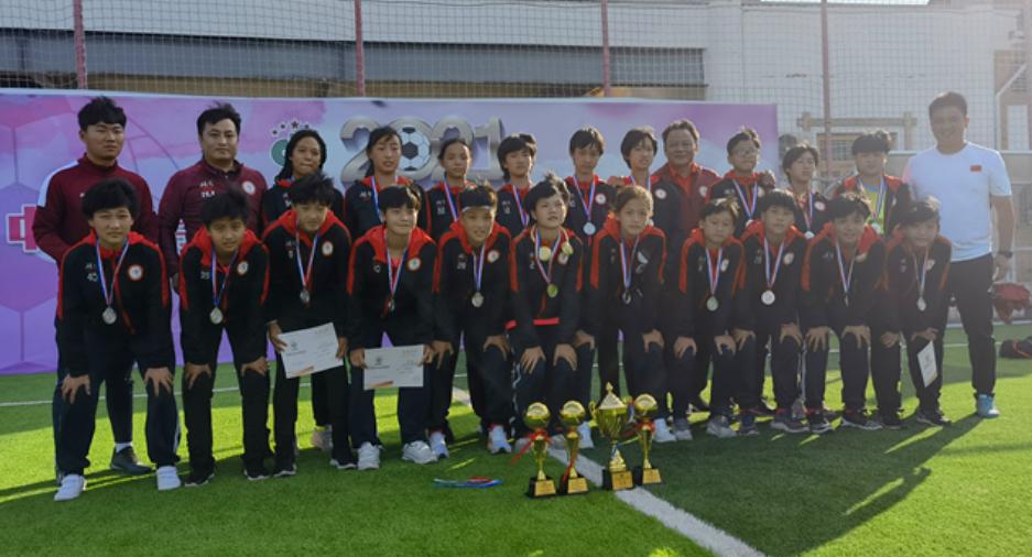 首次参赛就进决赛!周南梅溪湖女足中国中学生足球协会杯摘银