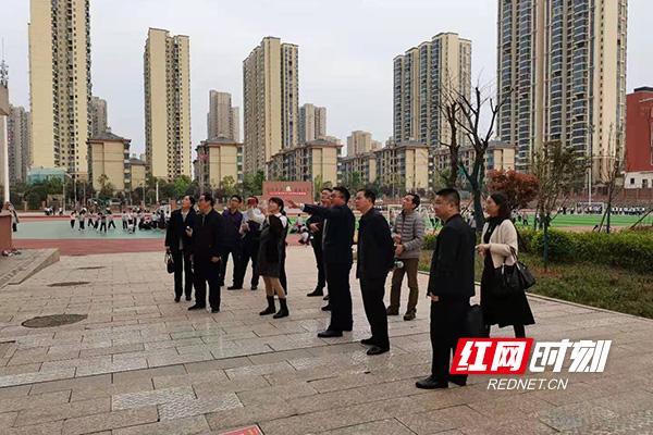 政协委员调研长沙市一中株洲实验学校办学特色