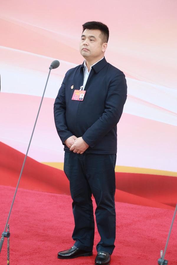 刘准2_1859.jpg