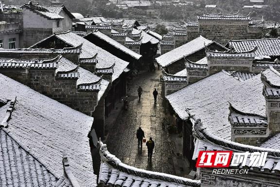 """""""寻找乌龙山抖音王""""短视频大赛在龙山景区。.jpg"""