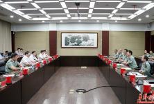滚动丨八一前夕,省领导分别走访慰问驻湘部队官兵