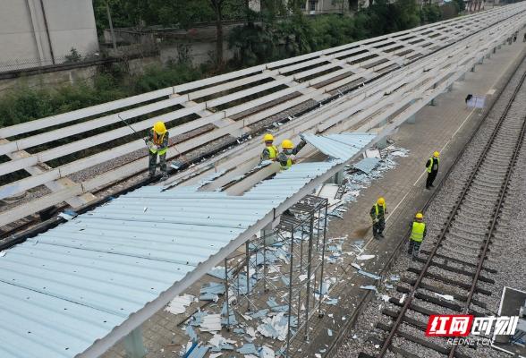 组图|韶山火车站修复已完成90%,停运3年多即将再迎客