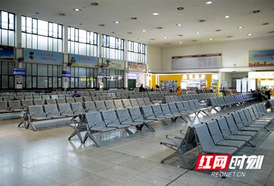 图片故事丨这是下午三点零五分的长沙火车站