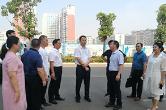 尹华凯到娄星区扶青社区调研网格党建和创文管卫工作