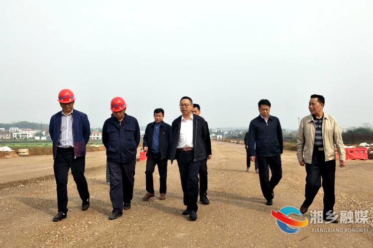 彭瑞林:向来自武汉的建设者致敬