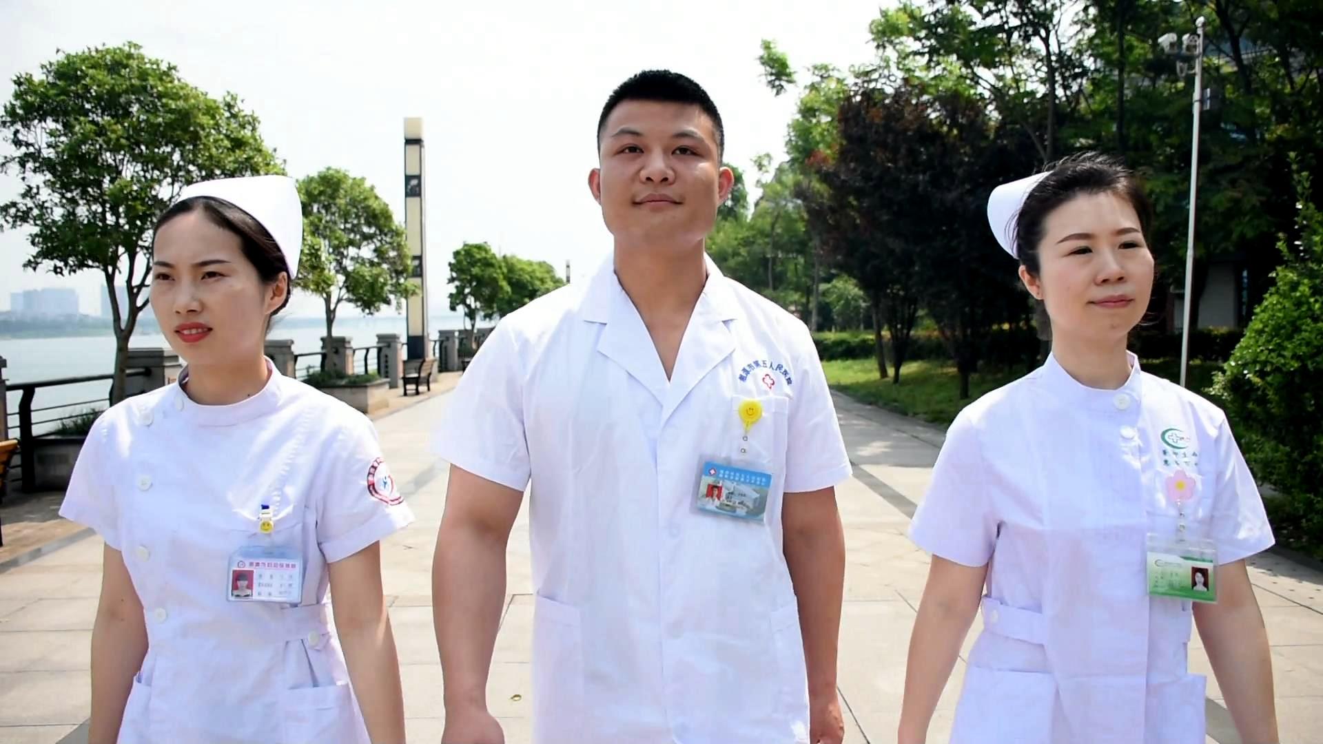 护士节特别策划丨致敬白衣天使!为了不起的平凡人喝彩