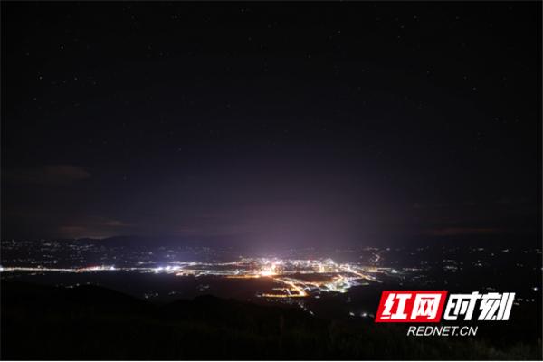 西边大岭的璀璨星空。