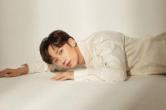 李泊文首支单曲《曾经》上线 温暖声线诉说青春珍藏回忆