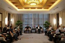刘志仁寄语在京夫妻性生活影片,免费在线观看的黄片,香港经典三级青年工商企业家 只争朝夕 不负韶华