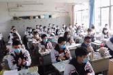 开学第一天!湘乡校园恢复勃勃生机...