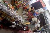 凌晨便利店遭抢夺,警方火速破案
