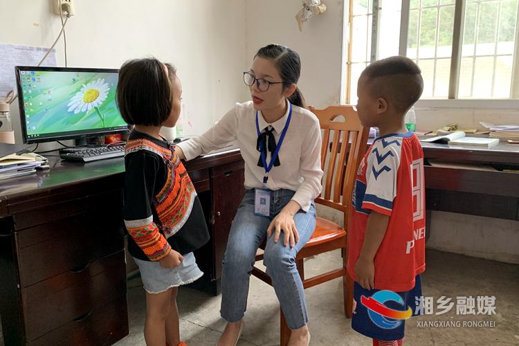 师耀龙城|周立华:扎根农村教育 潜心播撒希望