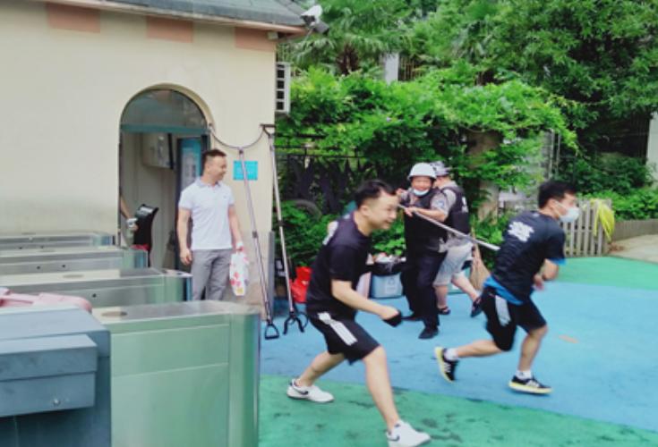 白沙花园社区常青藤幼儿园开展防爆演练活动