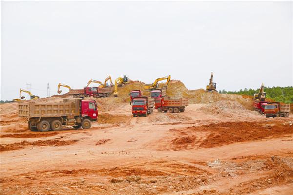 湖南建工产业园项目建设正酣
