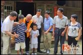 深圳爱心组织资助双牌50名贫困学生五万余元