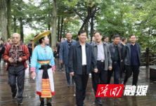 县人大常委会专题视察全县旅游工作