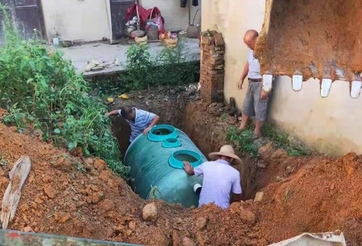 三阁司镇长铺社区积极推进旱厕改造工作