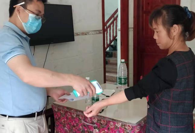 麻塘山乡:疫情防控每日行动 绝不松懈