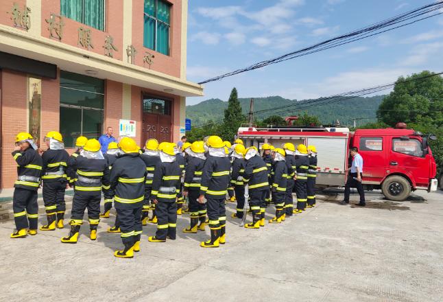 荷香桥镇开展消防业务知识现场培训