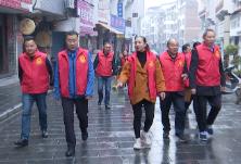 刘军到大井社区督导迎省级卫生县城复查工作
