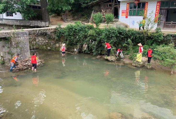 麻塘山乡人居环境再整治、再提质