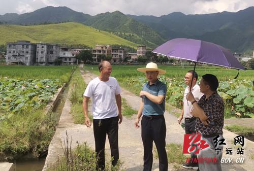 宁远:胡红灯调研九嶷河国家湿地公园生态有机农业项目_副本500.jpg