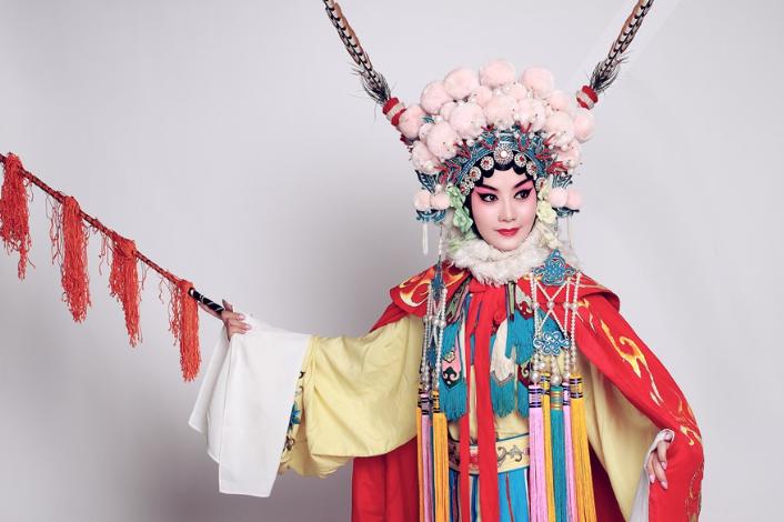 """""""全国劳动模范""""肖笑波:为祁剧发声 传递文化自信"""