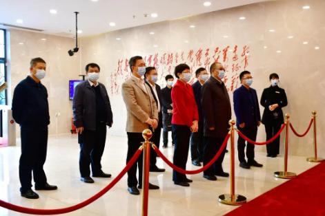 中国文联党组成员、书记处书记董耀鹏一行来郴调研